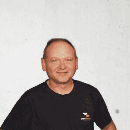 Anton Ahlin, Monteur