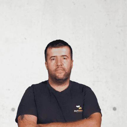 Josip Radanovic, Hilfsmonteur