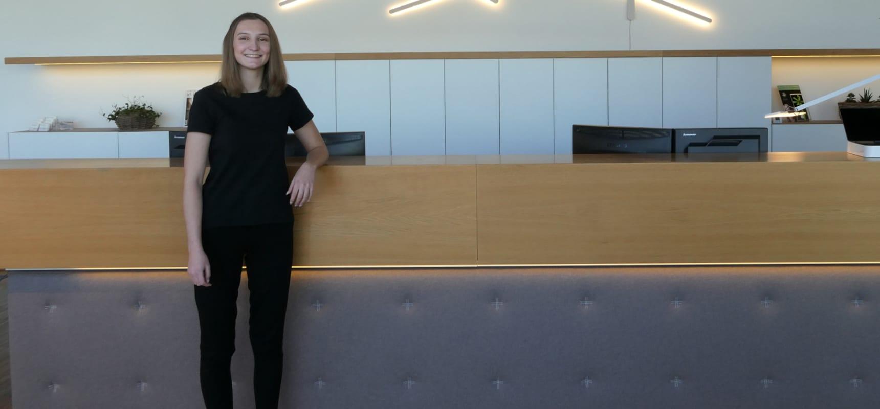 Hannah Wallner, Office Dorfelektriker