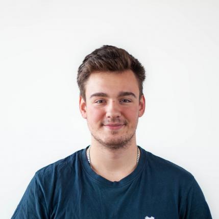Joel Wolfgang, Ausbildung zum Elektrotechniker