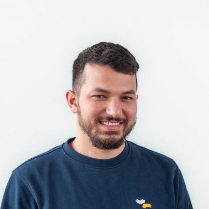 Necmettin Güler, Elektrotechnik Lehrling