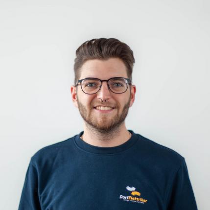 Sebastian Valda, Lehrling Elektrotechnik