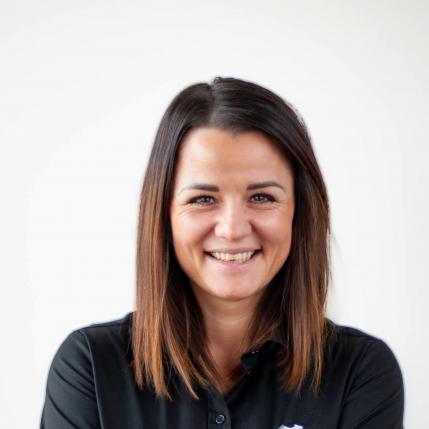 Nadine Struger, Personalwesen