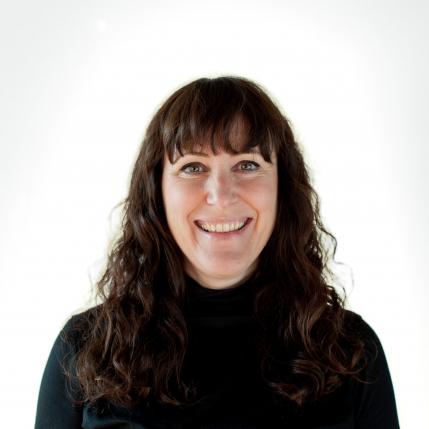 Martina Fend, Lichtberaterin